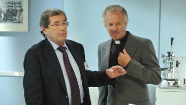 W spektaklu zobaczymy m.in. Janusza Gajosa  i Krzysztofa Stroińskiego (fot. Jan Bogacz/TVP)