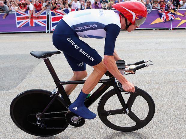 Bradley Wiggins wygrał z przewagą 42 sekund (fot. Getty Images)