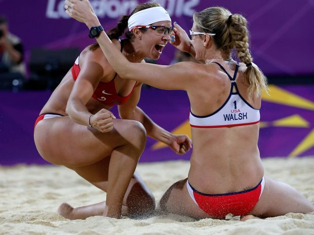 Misty May-Treanor i Kerri Walsh Jennings znów były poza zasięgiem rywalek (fot. Getty Images)