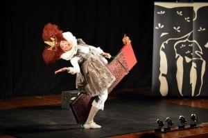 przedstawienie-izraelskiego-teatru-ruti-tamir