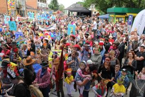 finalowa-gale-festiwalu-otworzy-bajkowy-korowod