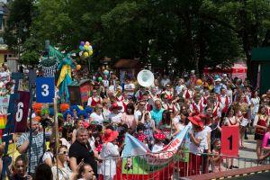 miedzynarodowy-festiwal-kultury-dzieciecej-w-pacanowie-to-najwieksza-w-polsce-impreza-dla-dzieci-i-mlodziezy