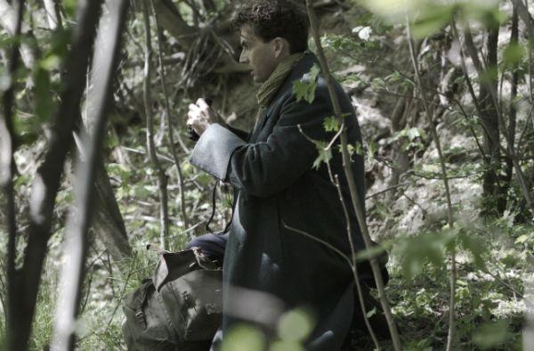 Mercier podczas tajnej misji na niemieckiej granicy...(fot. TVP)
