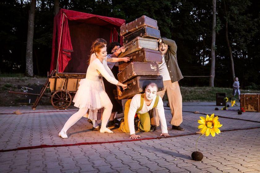 teatr-mimo-komedianci-3-fot-kasia-chmura