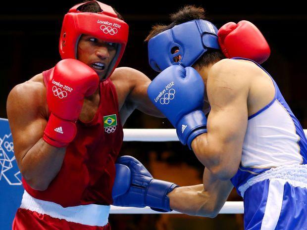 Brazylijczycy uważają, że Polak wypaczył wynik finału (fot. Getty Images)
