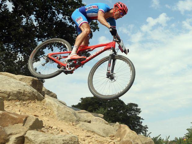 Jaroslav Kulhavy wygrał złoto dzięki świetnemu finiszowi (fot. Getty Images)