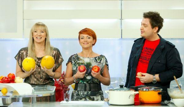 Która z pań ma dorodniejsze... owoce? (fot. Agencja Forum)
