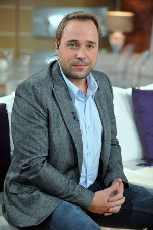 """Łukasz Nowicki to aktor znany widzom TVP z seriali takich jak np. """"Złotopolscy"""" czy """"Na dobre i na złe""""  (fot. Jan Bogacz)"""