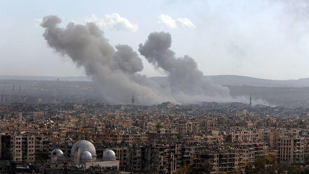 Podczas ofensywy w Aleppo cierpią dziesiątki tysięcy cywilów (fot. REUTERS/Omar Sanadiki)