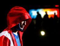 Kaczor wychodzący na ring w Pekinie (fot. Getty Images)
