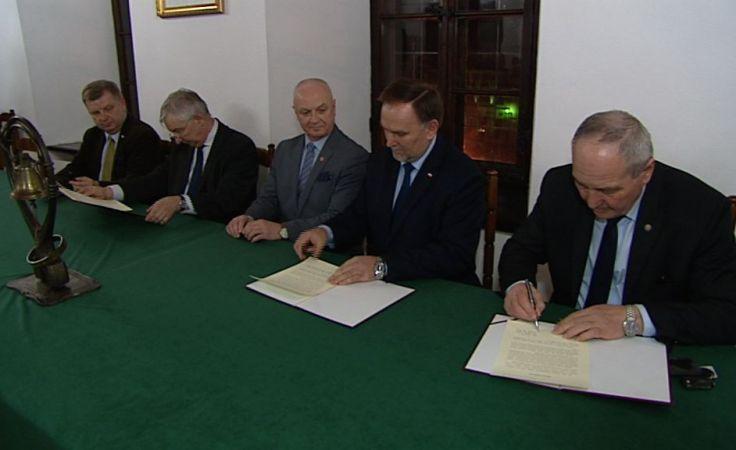 Deklaracja Sandomierska – wsparcie parlamentarzystów