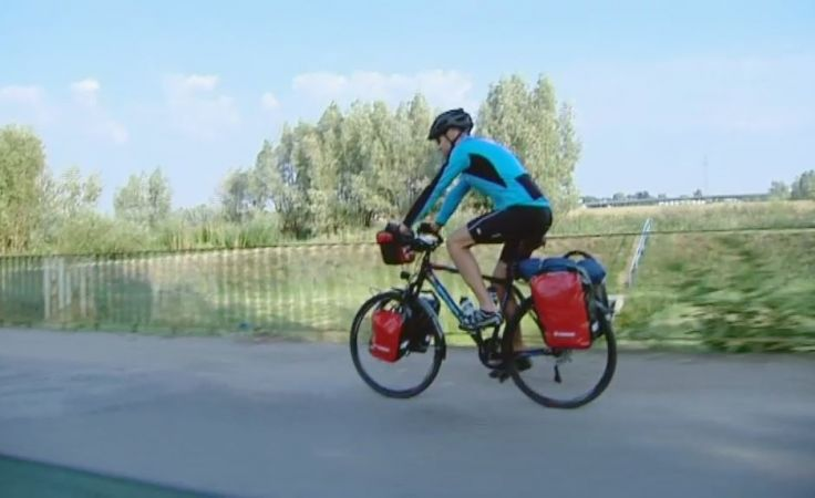 Rowerowa podróż dzielnego strażaka. 3 tys. km dla Jagódki