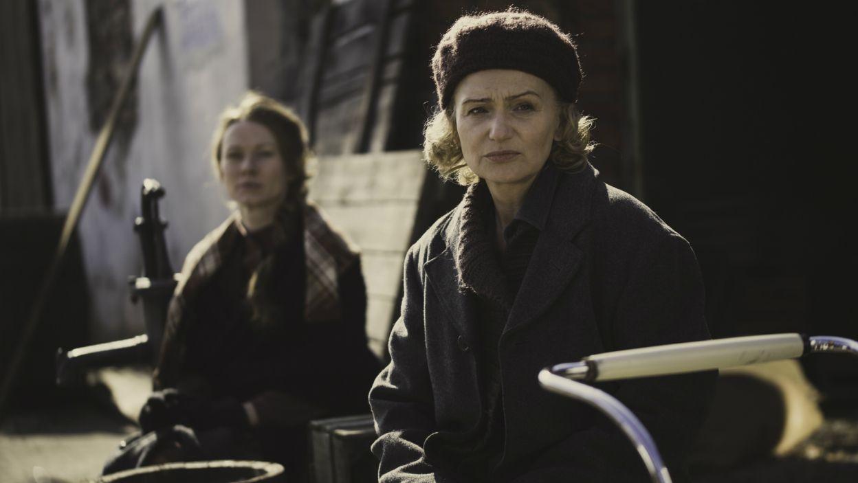 ...oraz Katarzyna Żak, w roli Stefanii (fot. S. Loba/TVP)