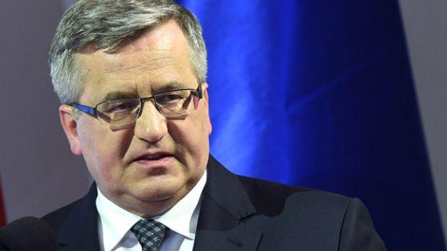 Bronisław Komorowski: trzeba dać szansę, by Amerykanie sami znaleźli wyjście z tej sytuacji
