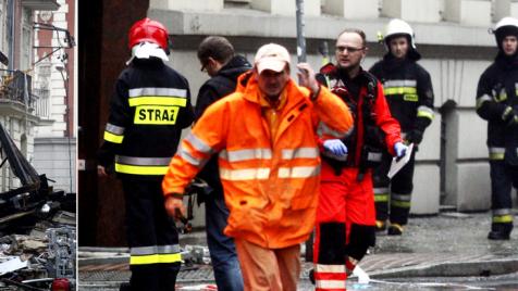 Wszystkie osoby, które ocalały zostały przywiezione do siedziby Caritasu (fot. PAP/Andrzej Grygiel)