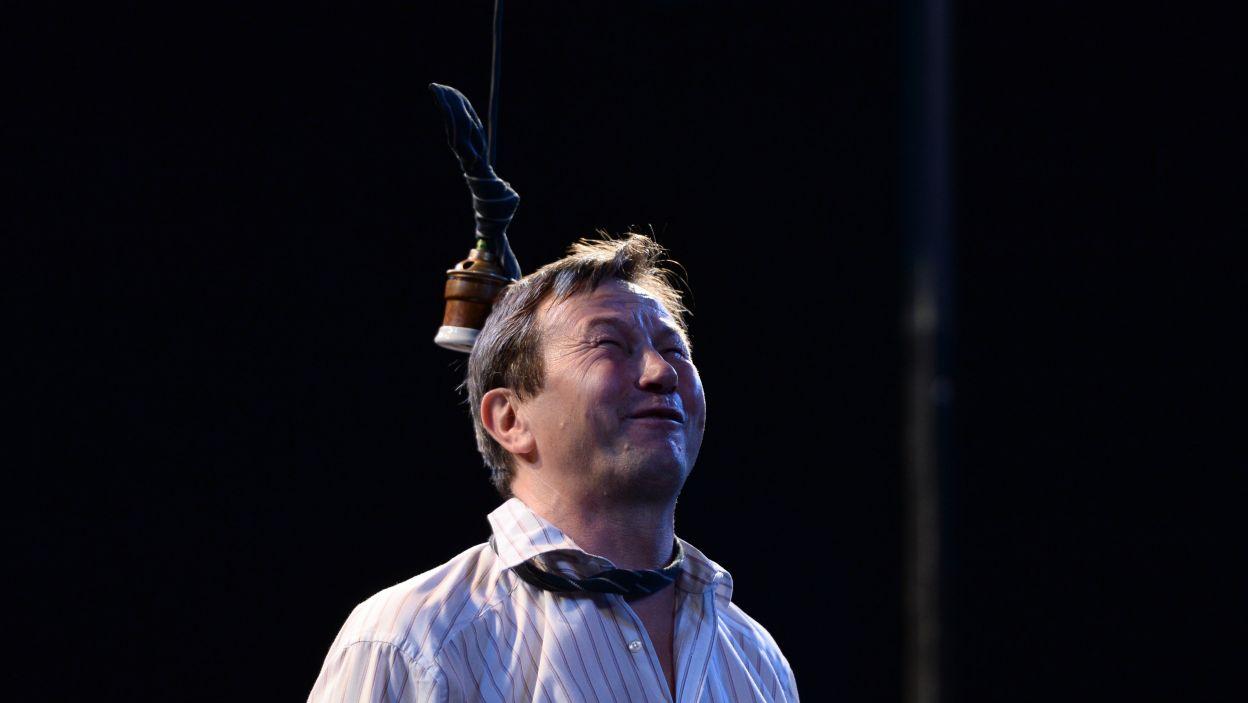 Emocjonalnie reaguje na życiowe niepowodzenia (fot. Jan Bogacz/TVP)