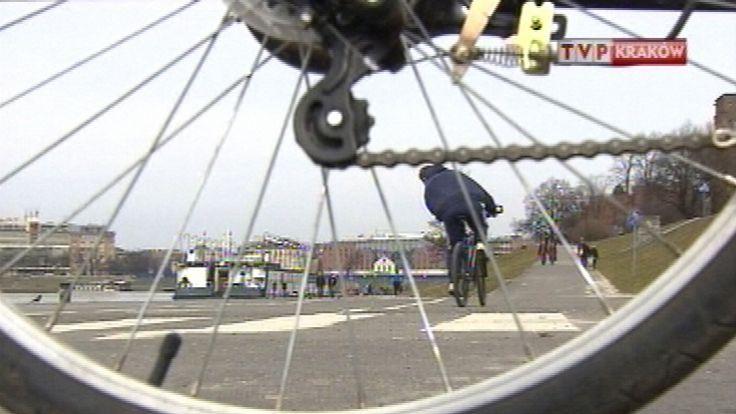 50 proc. respondentów uważa, że Kraków nie jest bezpiecznym miejscem do poruszania się na rowerze