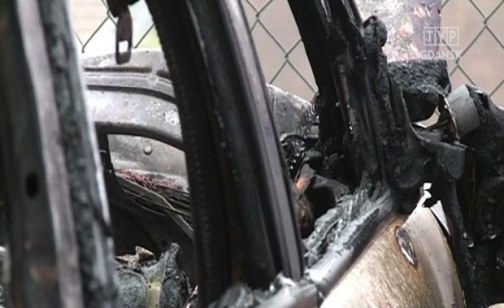 Policja zatrzymała kolejnych podpalaczy samochodów