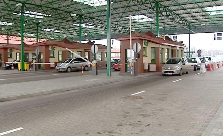 Według statystyk straży granicznej w ostatnim czasie przyjechało do Polski mniej Rosjan, niż w analogicznym czasie rok temu.