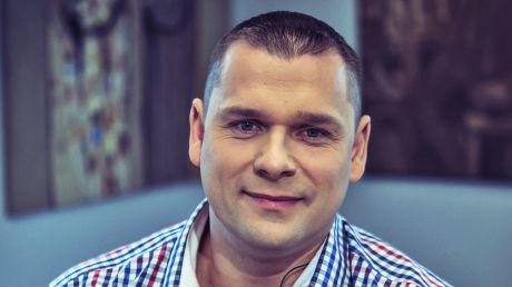 bartosz.piekarski@tvp.pl