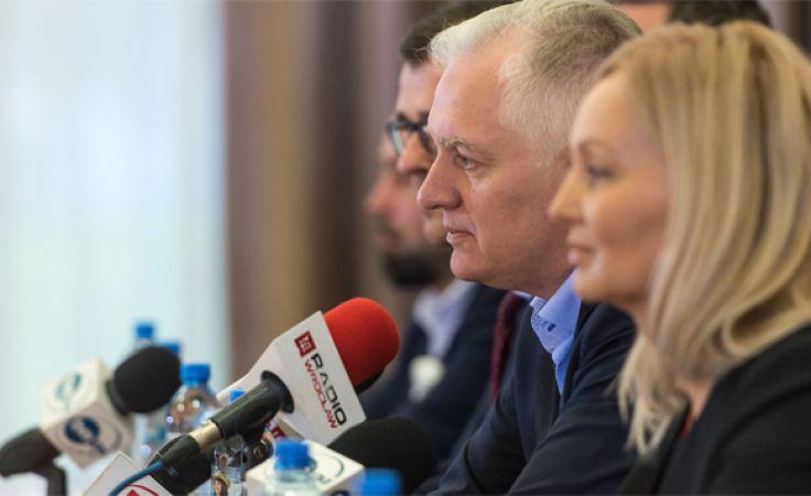 Jarosław Gowin wskazał, że nowa partia będzie miała profil konserwatywny (fot. PAP/Maciej Kulczyński)