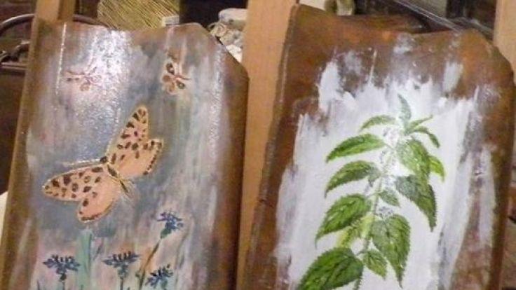 """10 grudnia w Galerii BWA  w Olsztynie odbędzie się aukcja charytatywna """"O Czym Gadają Dachówki""""."""
