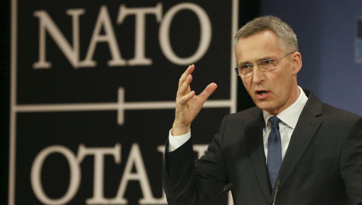 Sekretarz generalny NATO Jens Stoltenberg (fot. PAP/EPA/OLIVIER HOSLET)