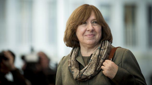 Swietłana Aleksijewicz demonstracyjne ogłosiła opuszczenie rosyjskiego PEN Clubu (fot. Axel Schmidt/Stringer/Getty Images)
