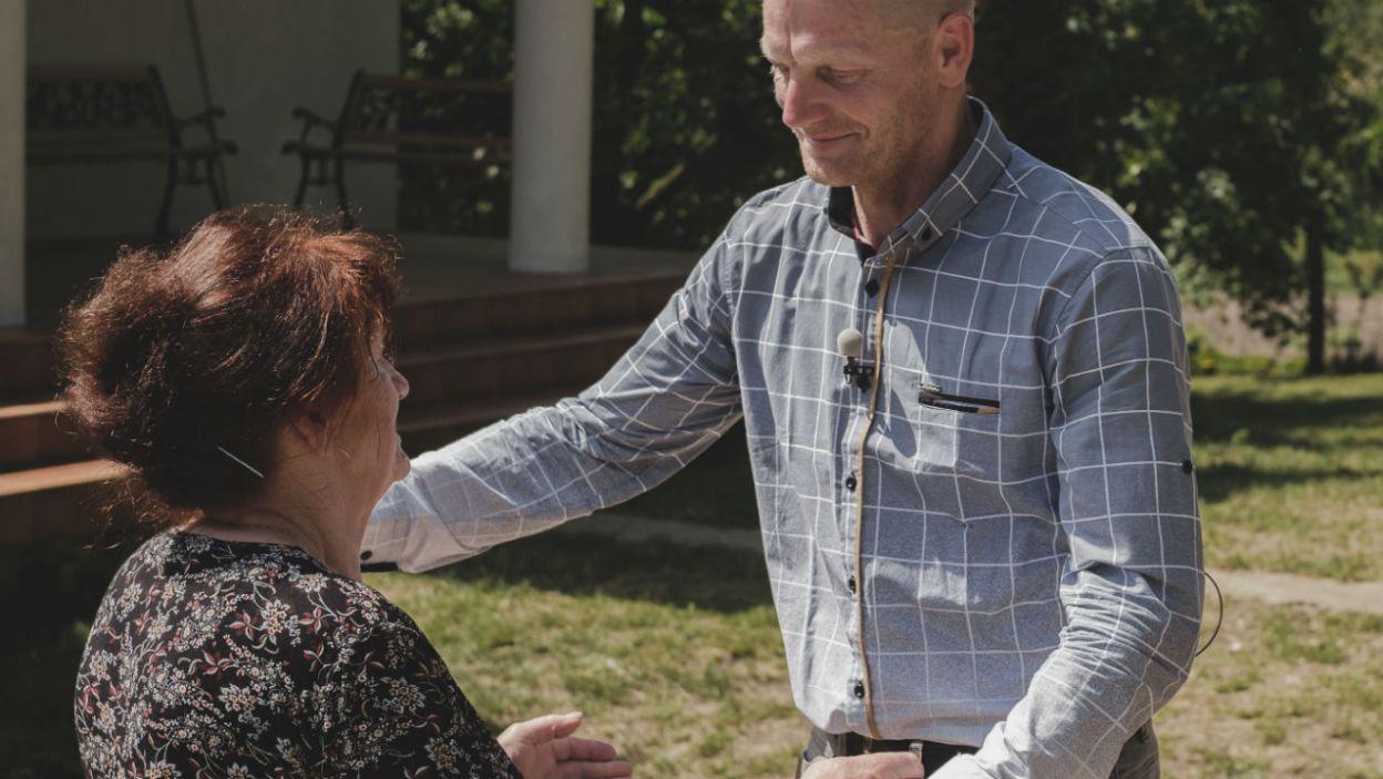 Mama rolnika wspierała syna w wyborach (fot. TVP)