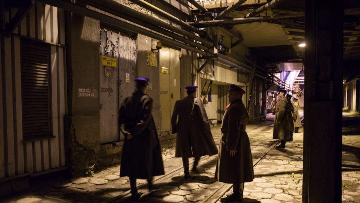 Wyboru tych wnętrz dokonał współautor scenariusza – Grzegorz Królikiewicz, który zmarł w trakcie przygotowań do spektaklu (fot. A. Woodley/TVP)