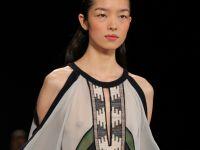 Moda na odkryte ramiona