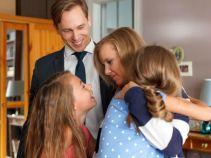 Iga podziwia Marcina za to, jak świetnie radzi sobie z opieką nad jej córeczkami (fot. M. Wiecha/ TVP)