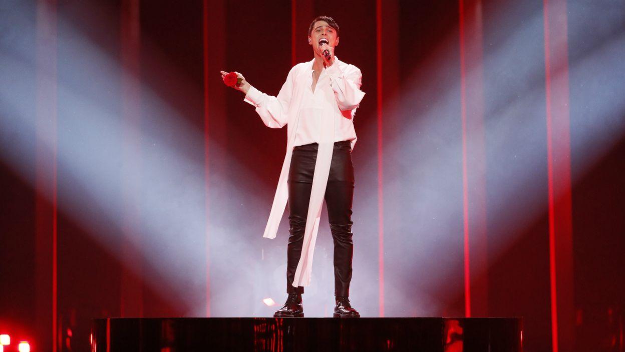 Białoruś jeszcze nigdy nie wygrała Eurowizji i emocjonalny występ Alekseeva tego nie zmieni. Wokalista nie porwał widzów swoim wykonanieim (fot. A. Putting/EBU)