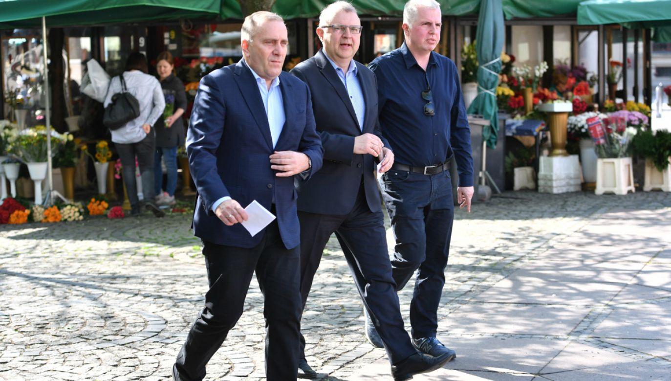 Oprócz Goleniowa Grzegorz Schetyna (L) odwiedził także Wrocław (fot. PAP/Maciej Kulczyński)