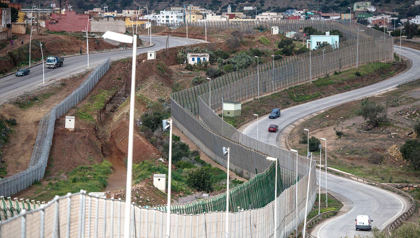 Hiszpania wydaje rocznie ponad 2 mln euro na utrzymanie ogrodzeń granicznych (fot.  David Ramos/Getty Images)