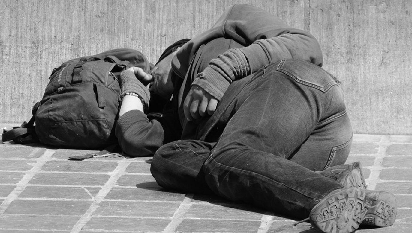 Powstanie naowa placówka dla bezdomnych (fot. pixabay.com/Ben_Kerckx)