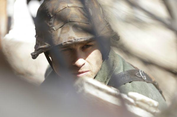 Batalion Bronka pomaga w Batalionowi Zośka w ataku na niemiecki czołg (fot. Monika Zielska)