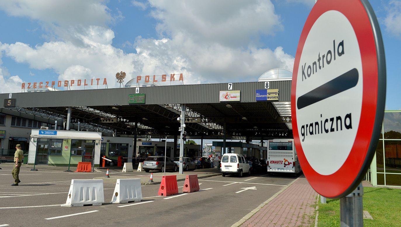 Drogowe polsko-ukraińskie przejście graniczne w Medyce (fot. arch.PAP/Darek Delmanowicz)