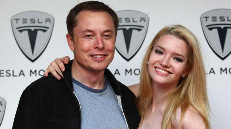 Elon Musk odniósł sukces w wielu dziedzinach (fot. Gareth Cattermole/Getty Images)