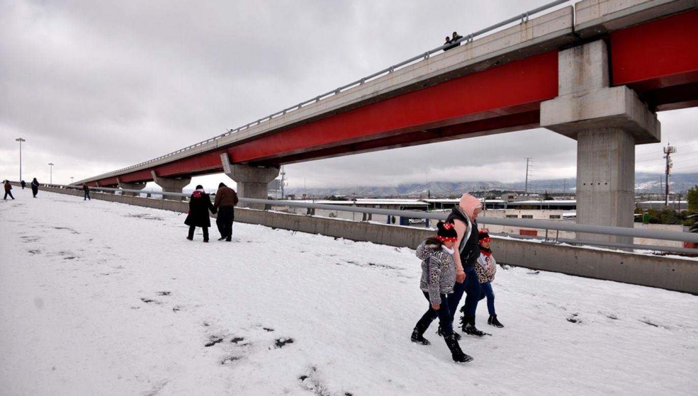 Zima zaatakowała nawet w południowych stanach (fot. PAP/EPA/MIGUEL SIERRA)