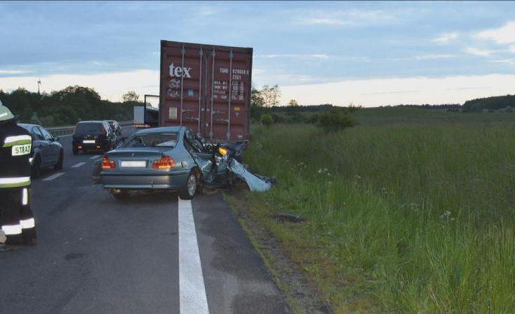 Kierowca zginął w wypadku