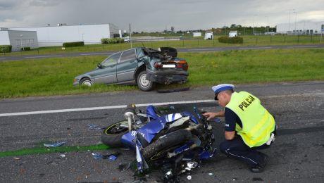 Motocyklista zmarł po wypadku w Łysomicach