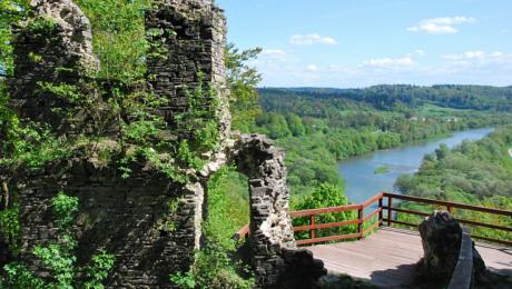 Ruiny Zamku Sobień - Manasterzec ma plakat