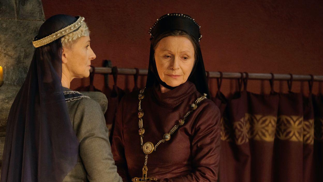 Obawy młodej królowej były słuszne. Jadwiga z Katarzyną knują kolejną intrygę przeciwko niej (fot. M. Makowski/TVP)