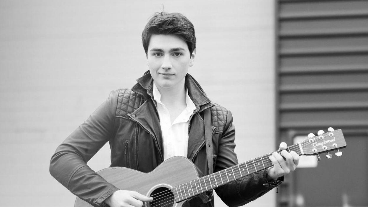"Brendan Murray, Irlandia, na Eurowizji zaśpiewa piosenkę ""Dying To Try"" (fot. Eurovision.tv)"
