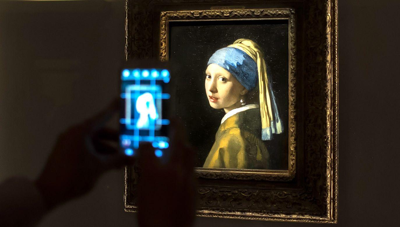 """""""Dziewczyna z perłą"""", atrakcja Muzeum Mauritshuis w Hadze zostanie poddana badaniu  (fot. Marco Secchi/Getty Images)"""