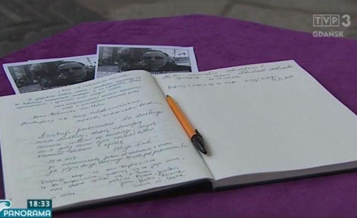 Księga kondolencyjna w Bazylice Mariackiej