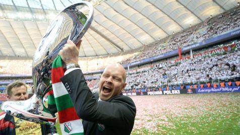 Radość drużyny Legii. Piłkarze Legii Warszawa zdobyli Puchar Polski  fot. PAP/Bartłomiej Zborowski