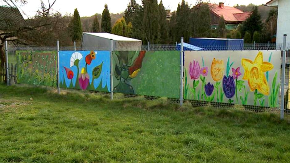 8. Mur wyobraźni akcja  Bieszczadzkiej Grupy Twórców Kultury