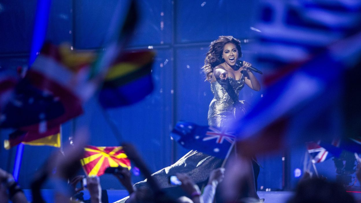 Australia od lat stara się wystąpić w Eurowizji, jednak dopiero w tym roku mieli taką szansę. Na scenie pojawiła się m.in. Jessica Mauboy (fot. PAP/EPA)